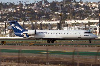 N874AS - SkyWest Airlines Canadair CL-600 CRJ-200