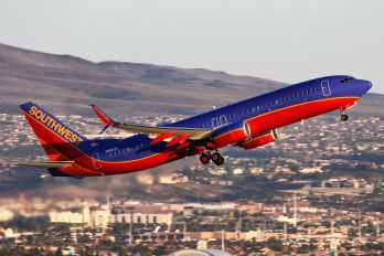 N8629A - Southwest Airlines Boeing 737-800