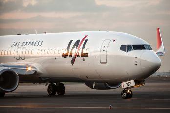 JA322J - JAL - Express Boeing 737-800