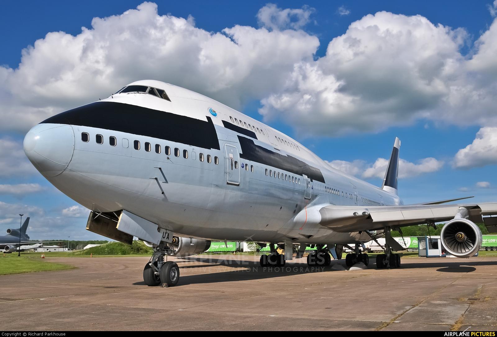 Cathay Pacific B-HUA aircraft at Bruntingthorpe