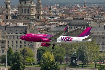 HA-LYA - Wizz Air Airbus A320