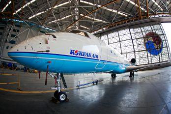HL8230 - Korean Air Bombardier BD-700 Global Express