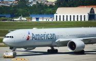 N719AN - American Airlines Boeing 777-300ER aircraft