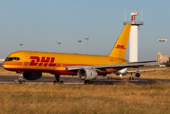 G-BMRE - DHL Cargo Boeing 757-200F
