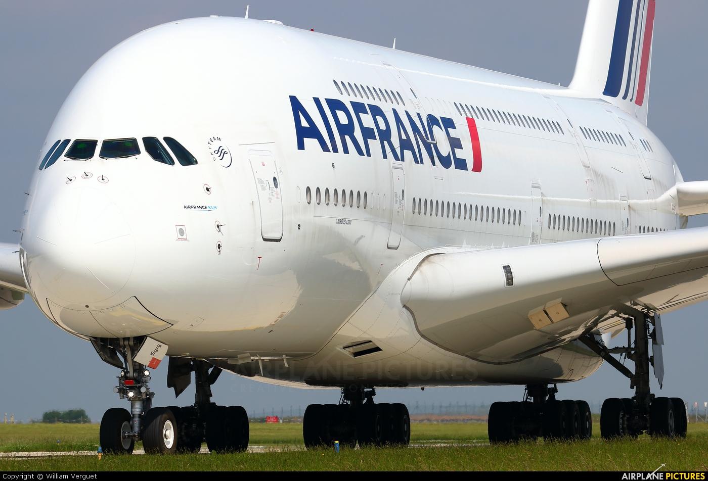 Air France F-HPJF aircraft at Paris - Charles de Gaulle