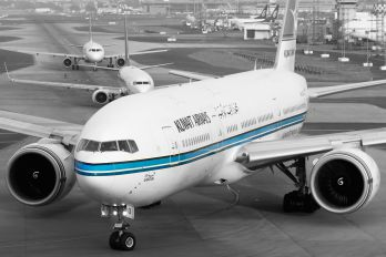 9K-AOB - Kuwait Airways Boeing 777-200ER