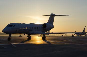 M-ARAE - Private Gulfstream Aerospace G-IV,  G-IV-SP, G-IV-X, G300, G350, G400, G450