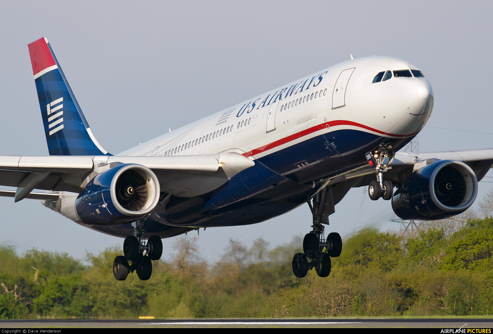 US Airways N285AY aircraft at Manchester