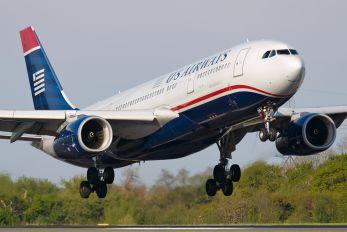 N285AY - US Airways Airbus A330-200