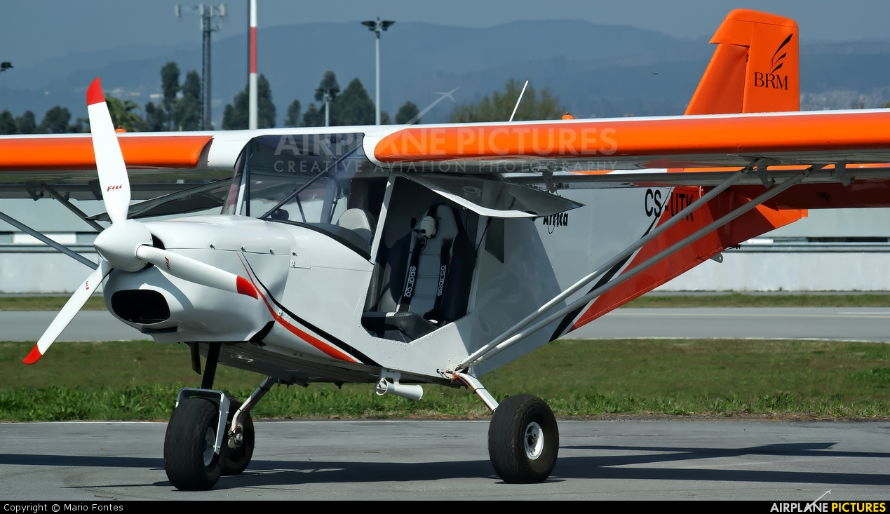 Private CS-UTK aircraft at Braga
