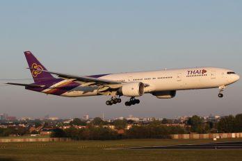 HS-TKR - Thai Airways Boeing 777-300ER