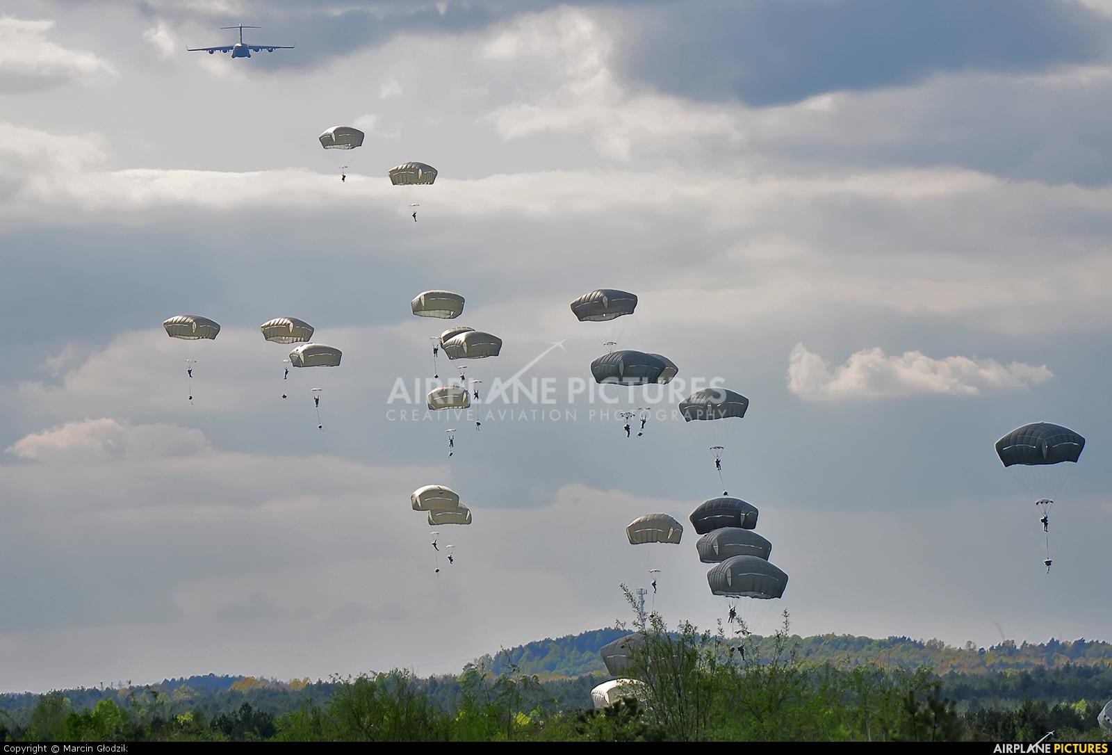Hungary - Air Force 080002 aircraft at Pustynia Błędowska