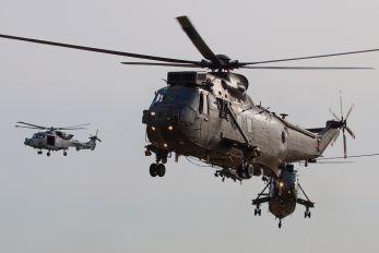 ZA297 - Royal Navy Westland Sea King HC.4