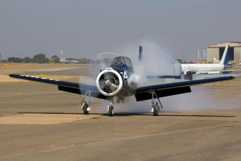 ZU-VNM - Private North American T-28B Trojan