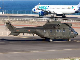HT.21-04 - Spain - Army Aerospatiale AS332 Super Puma