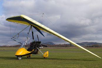 G-BZDD - Private P & M Aviation Blade