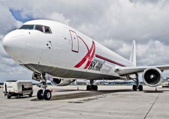 N364CM - Airborne Express Boeing 767-300F