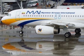 XY-AGM - Myanmar Airways International Airbus A320