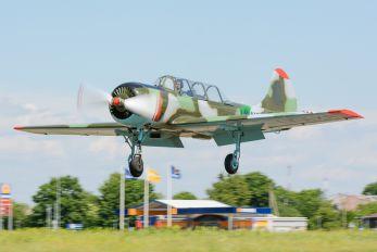 LY-AXR - Private Yakovlev Yak-52
