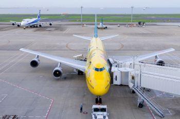 JA8957 - ANA - All Nippon Airways Boeing 747-400D