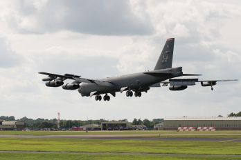 0059 - USA - Air Force Boeing B-52H Stratofortress