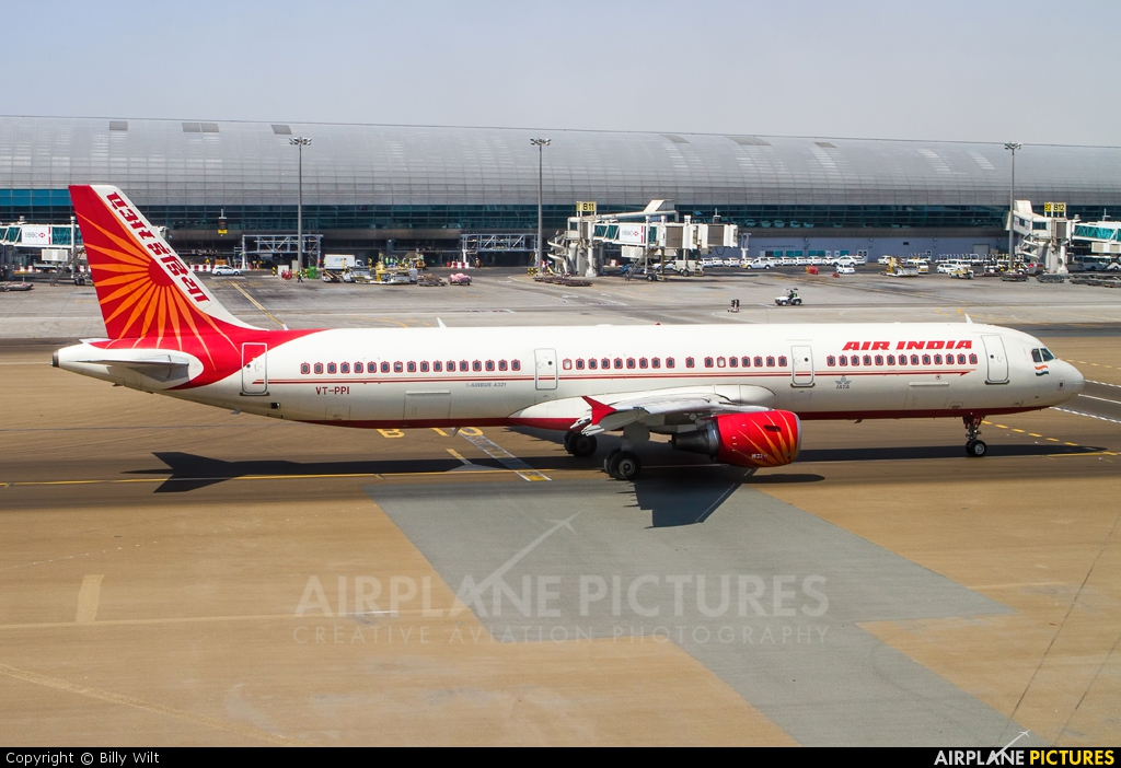 Air India VT-PPI aircraft at Dubai Intl