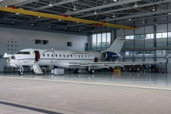 OY-MSI - Execujet Scandinavia Bombardier BD-700 Global Express