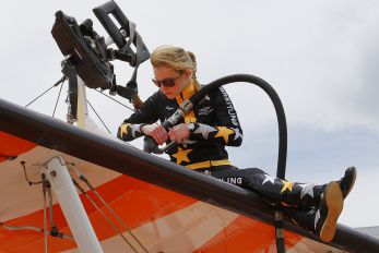 - - Wing Walkers - Aviation Glamour - Wingwalkers