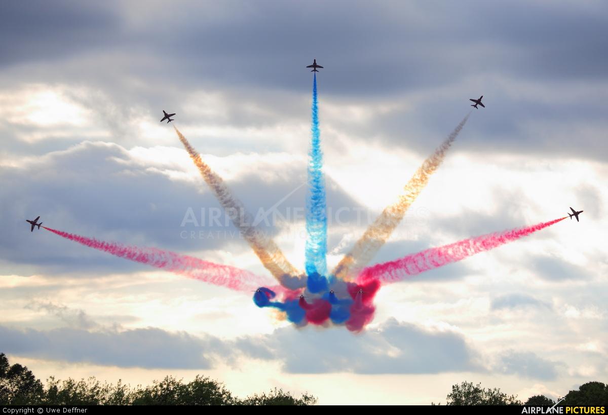 """Royal Air Force """"Red Arrows"""" XX322 aircraft at Biggin Hill"""