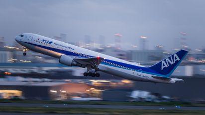 JA8357 - ANA - All Nippon Airways Boeing 767-300