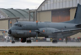 32 - France - Navy Dassault ATL-2 Atlantique 2