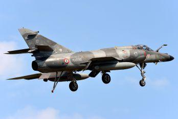 17 - France - Air Force Dassault Super Etendard