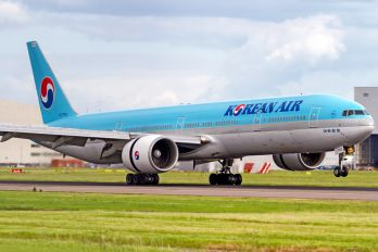 HL7783 - Korean Air Boeing 777-300ER