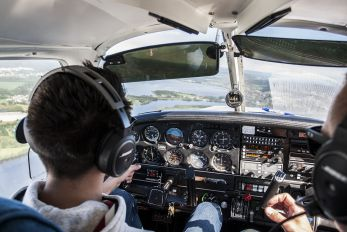 LN-MTJ - Private Piper PA-28 Cherokee