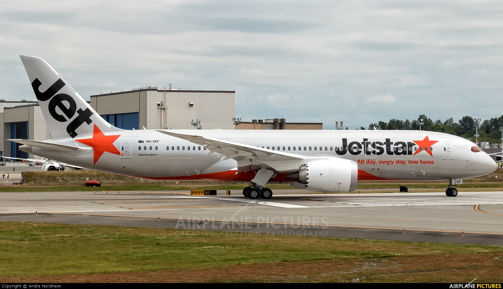 jetstar airways Jetstar's mission is to offer low fares to enable more people to fly to more places, more often since we launched in australia in 2004, we've carried more than 200 million passengers.