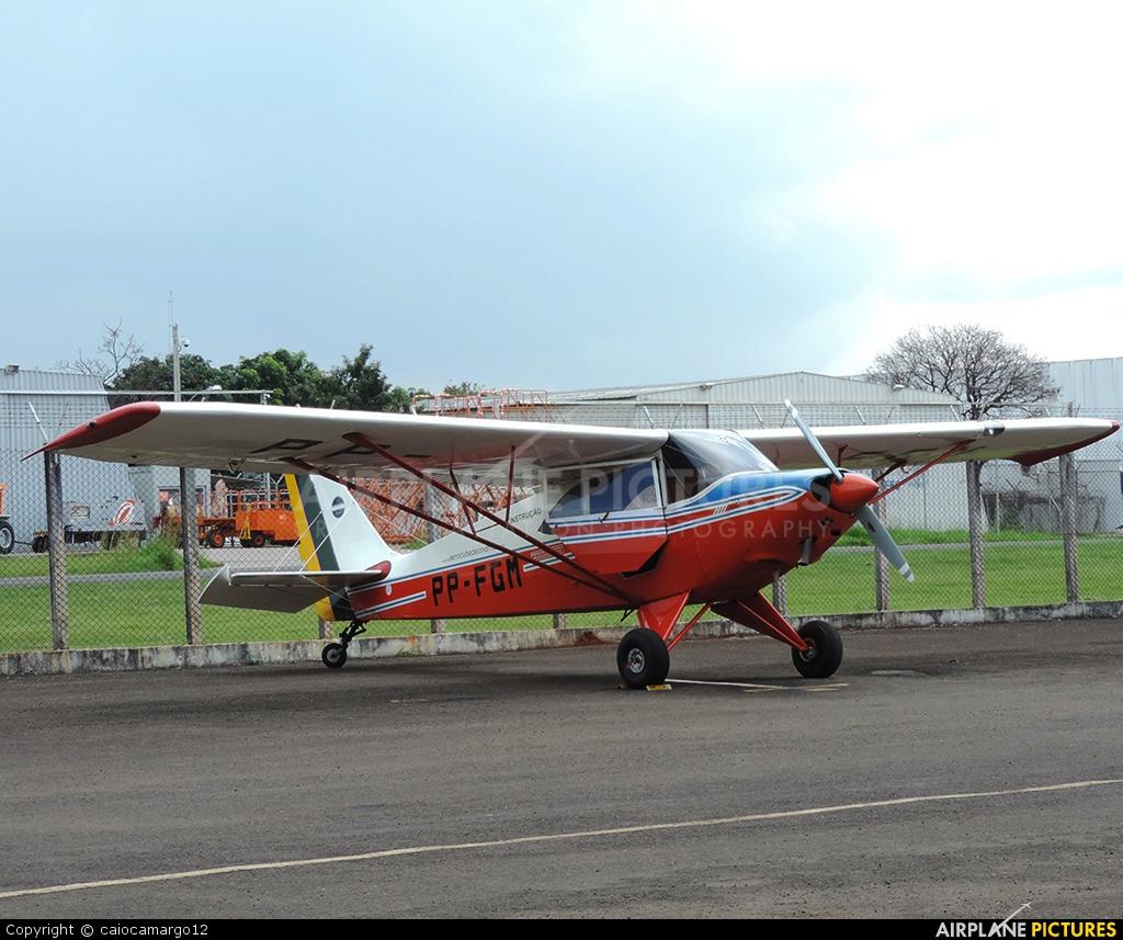 Aero Club de Londrina PPFGM aircraft at Londrina – Gov. José Richa
