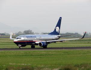 N906AM - Aeromexico Boeing 737-700