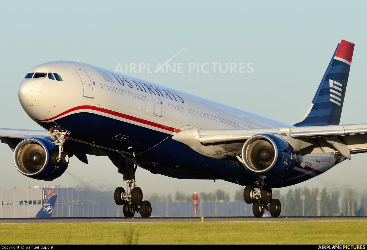 US Airways N270AY aircraft at Paris - Charles de Gaulle