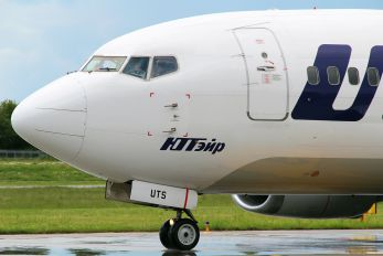 UR-UTS - UTair Ukraine Boeing 737-500