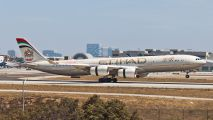 Etihad's inaugural flight to Los Angeles title=