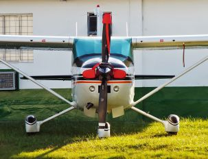 PT-OIK - Private Cessna 182 Skylane (all models except RG)