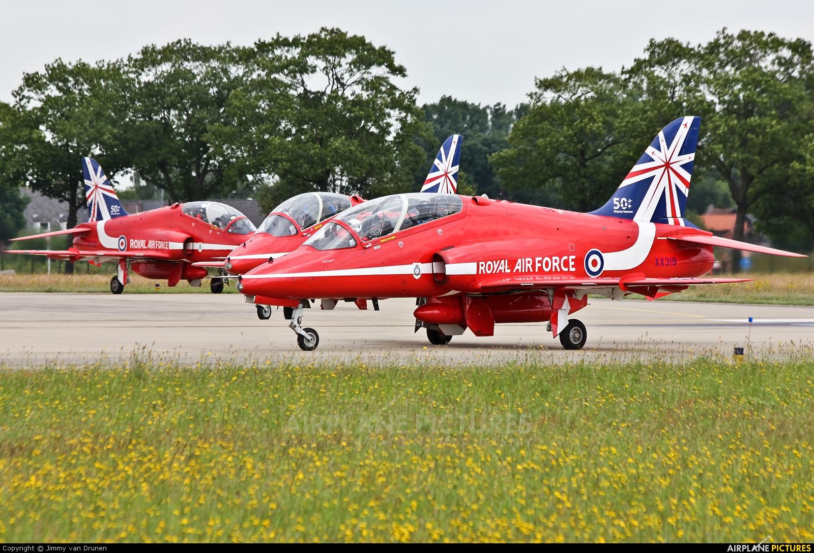 """Royal Air Force """"Red Arrows"""" XX319 aircraft at Gilze-Rijen"""