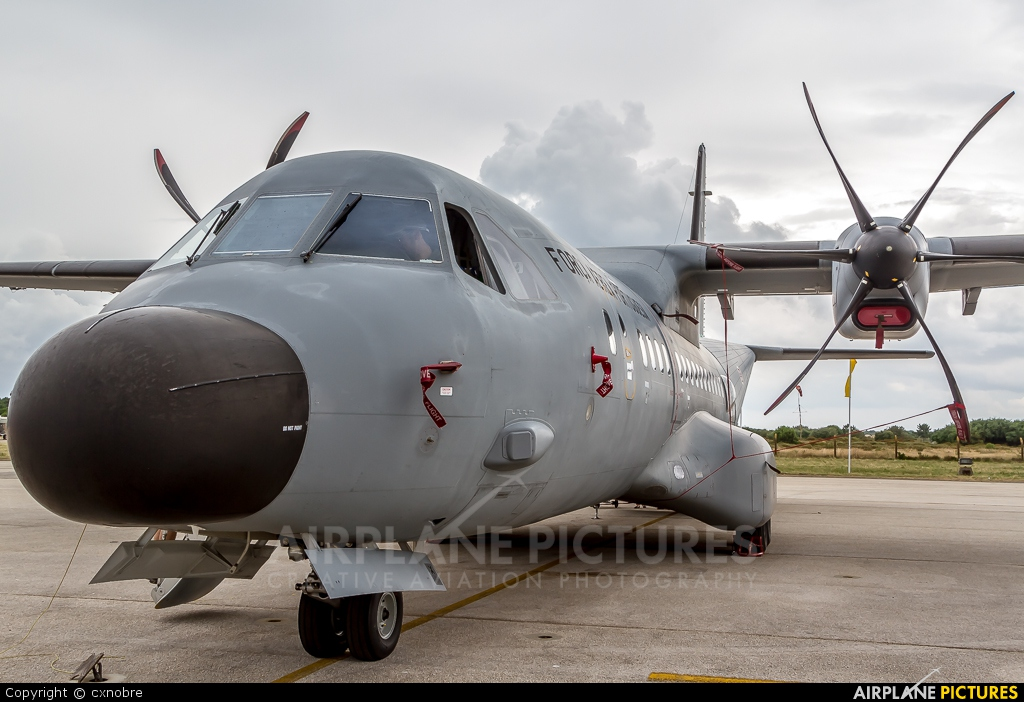 Portugal - Air Force 16702 aircraft at Montijo