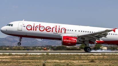 D-ABCA - Air Berlin Airbus A321