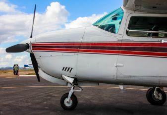 PT-OBN - Private Cessna 210 Centurion