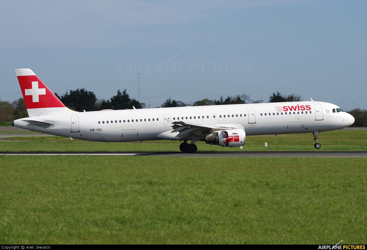 Swiss HB-IOL aircraft at Dublin