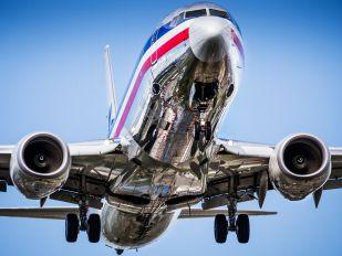 N880HN - American Airlines Boeing 737-800