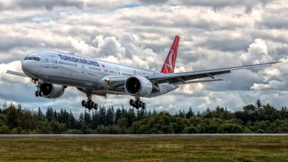 TC-JJR - Turkish Airlines Boeing 777-300ER