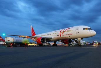 RA-73009 - Vim Airlines Boeing 757-200