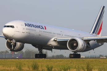 F-GZNH - Air France Boeing 777-300ER